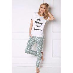 Piżama damska Tropics II. Szare piżamy damskie Astratex, z nadrukiem, z bawełny. Za 114,07 zł.