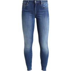 GStar GSTAR SHAPE HIGH SUPER SKINNY  Jeans Skinny Fit medium aged. Niebieskie jeansy damskie marki G-Star, z bawełny. W wyprzedaży za 527,20 zł.