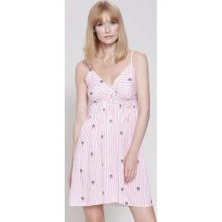 Sukienki: Różowa Sukienka Let's Do It