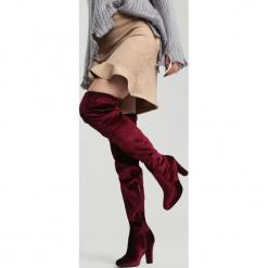 Bordowe Kozaki Certainty. Czerwone buty zimowe damskie vices, z materiału, z okrągłym noskiem, na wysokim obcasie, na obcasie. Za 89,99 zł.