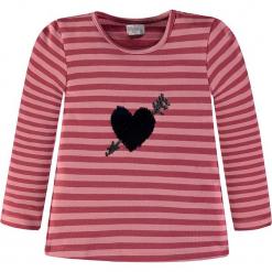 Koszulka w kolorze fuksji. Czerwone bluzki dziewczęce bawełniane Königsmühle, w paski, z okrągłym kołnierzem, z długim rękawem. W wyprzedaży za 47,95 zł.