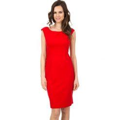 Sukienki balowe: Czerwona sukienka z dekoltem w łódkę  BIALCON