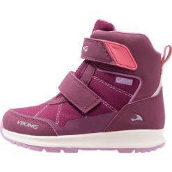 Viking VALHEST GTX  Śniegowce plum/coral. Fioletowe buty zimowe damskie Viking, z materiału. W wyprzedaży za 254,25 zł.
