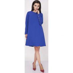 Odzież damska: Niebieska Wizytowa Sukienka Trapezowa z Guzikami na Rękawach
