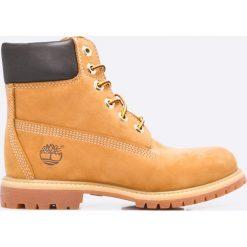 Timberland - Botki Premium. Szare buty zimowe damskie marki Timberland, z materiału, z okrągłym noskiem, na obcasie, na sznurówki. W wyprzedaży za 679,90 zł.