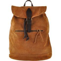 """Skórzany plecak """"Chiny"""" w kolorze brązowym - 38 x 40 x 17 cm. Brązowe plecaki męskie ORE10, ze skóry. W wyprzedaży za 217,95 zł."""