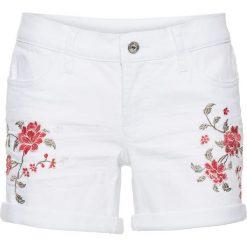 Szorty dżinsowe z haftem bonprix biały denim. Białe szorty jeansowe damskie marki House, z aplikacjami. Za 89,99 zł.