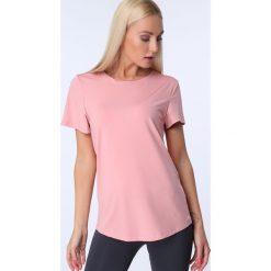 T-shirt luźny fason pudrowy MR16618. Różowe t-shirty damskie Fasardi, l. Za 39,00 zł.
