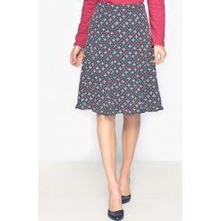 Spódniczki dzianinowe: Spódnica z nadrukiem z lejącej krepy