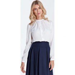 Ecru Wizytowa Koszulowa Bluzka z Marszczeniami przy Stójce. Szare bluzki koszulowe Molly.pl, l, biznesowe, z długim rękawem. Za 121,90 zł.