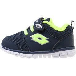 Lotto SPACERUN Obuwie do biegania treningowe blue avi/yellow saf. Niebieskie buty do biegania męskie Lotto, z materiału. Za 139,00 zł.