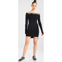 Sukienki hiszpanki: Ivy Park BARDOT DRESS Sukienka etui black