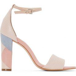 Buty ślubne damskie: Czółenka skórzane z paskiem przy kostce Harpest