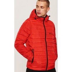 Pikowana kurtka z kapturem - Czerwony. Czerwone kurtki męskie bomber House, l, z kapturem. Za 149,99 zł.