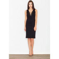Czarna Sukienka Midi ze Sznurowaniem przy Dekolcie. Niebieskie sukienki na komunię marki bonprix, z nadrukiem, na ramiączkach. W wyprzedaży za 104,93 zł.