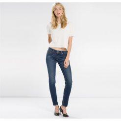Dżinsy REVEL LOW DC SKINNY. Brązowe jeansy damskie marki Levi's®, z obniżonym stanem. Za 625,80 zł.