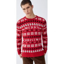 """Świąteczny sweter """"Merry Christmas"""". Czerwone swetry klasyczne męskie Pull&Bear, m. Za 109,00 zł."""
