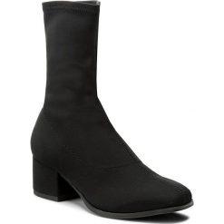 Botki VAGABOND - Daisy 4209-439-20 Black. Czarne buty zimowe damskie marki Vagabond, z materiału, na obcasie. W wyprzedaży za 299,00 zł.
