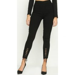Spodnie damskie: Czarne Legginsy Lacelike