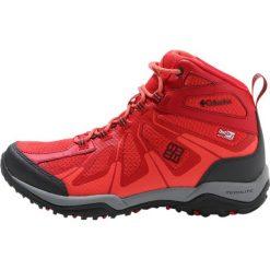 Columbia PEAKFREAK XCRSN II XCEL MID OUTDRY Buty trekkingowe poppy red/shark. Czerwone buty trekkingowe damskie Columbia, z materiału. W wyprzedaży za 423,20 zł.