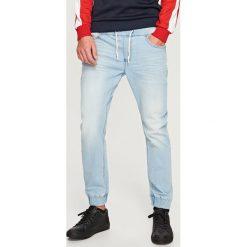 Rurki męskie: Jeansowe joggery slim fit – Niebieski