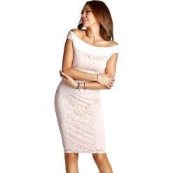 Sukienki balowe: Sukienka w kolorze różowym