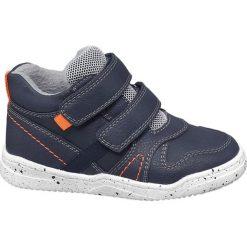 Buciki dziecięce Bobbi-Shoes niebieskie. Niebieskie buciki niemowlęce chłopięce Bobbi-Shoes, z materiału, na rzepy. Za 69,90 zł.