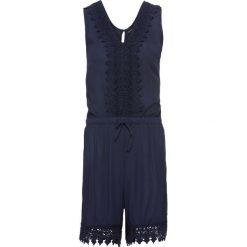 Kombinezon z koronką bonprix ciemnoniebieski. Niebieskie kombinezony damskie na lato bonprix, w koronkowe wzory, z koronki, z krótkim rękawem, krótkie. Za 109,99 zł.