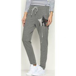 Spodnie dresowe damskie: Ciemnoszare Spodnie Dresowe Star