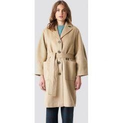 Trendyol Płaszcz Camel - Beige. Brązowe płaszcze damskie Trendyol, w paski. Za 303,95 zł.