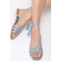 Niebieskie Sandały Petite Fleur. Niebieskie sandały damskie vices, na płaskiej podeszwie. Za 74,99 zł.