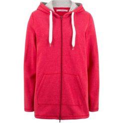 Długa bluza rozpinana, luźniejszy fason bonprix czerwony. Czerwone bluzy rozpinane damskie bonprix, z długim rękawem, długie. Za 79,99 zł.