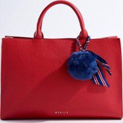 Torba City Bag - Czerwony. Czerwone torebki klasyczne damskie marki Mohito, z bawełny. Za 139,99 zł.