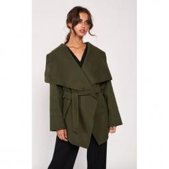 Płaszcz w kolorze khaki. Brązowe płaszcze damskie marki Dioxide, s, klasyczne. W wyprzedaży za 139,95 zł.