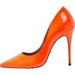L'INTERVALLE TEEVA Szpilki neon orange. Brązowe szpilki L'INTERVALLE, z materiału. Za 419,00 zł.
