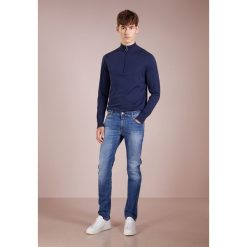 CLOSED UNITY  Jeansy Slim Fit mid worn down. Niebieskie jeansy męskie relaxed fit CLOSED. Za 719,00 zł.