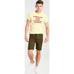 T-shirty męskie z nadrukiem: Soulland TERRY  Tshirt z nadrukiem light yellow/red
