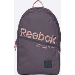 Reebok - Plecak. Szare plecaki damskie Reebok, w paski, z poliesteru. W wyprzedaży za 89,90 zł.