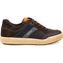 """Sneakersy """"Arzach"""" w kolorze brązowym. Niebieskie trampki chłopięce marki geox kids, z gumy. W wyprzedaży za 129,95 zł."""