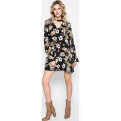 Answear - Sukienka. Szare sukienki mini ANSWEAR, na co dzień, l, z poliesteru, casualowe, proste. W wyprzedaży za 99,90 zł.