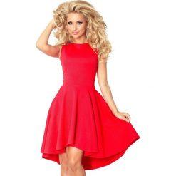 Sukienki: Monica Ekskluzywna sukienka z dłuższym tyłem – CZERWONA