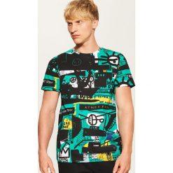 T-shirt z nadrukiem all over - Wielobarwn. Szare t-shirty męskie z nadrukiem House, l. Za 49,99 zł.