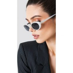 NA-KD Accessories Owalne okulary przeciwsłoneczne retro - White. Szare okulary przeciwsłoneczne damskie lenonki marki ORAO. Za 80,95 zł.