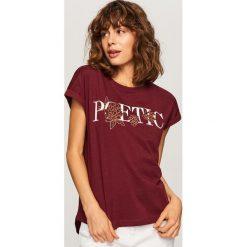 T-shirt z nadrukiem - Bordowy. Czerwone t-shirty damskie Reserved, l, z nadrukiem. Za 29,99 zł.