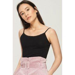 Bluzki, topy, tuniki: Top basic na ramiączkach - Czarny