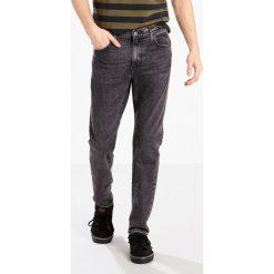 Dżinsy 512 slim taper. Szare jeansy męskie relaxed fit marki Levi's®. Za 499,80 zł.