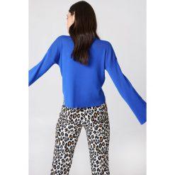 NA-KD Sweter z golfem i szerokim rękawem - Blue. Niebieskie golfy damskie marki NA-KD, z dzianiny. W wyprzedaży za 60,98 zł.
