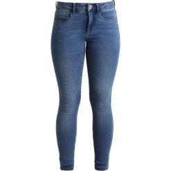 Only Petite ONLROYAL SKINNY  Jeans Skinny Fit medium blue denim. Niebieskie rurki damskie Only Petite, petite. Za 129,00 zł.
