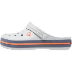 Crocs CROCBAND UNISEX Sandały kąpielowe grey. Różowe kąpielówki męskie marki Crocs, z materiału. Za 189,00 zł.