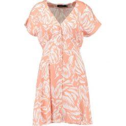 Sukienki hiszpanki: MINKPINK ASSAM BUTTON FRONT DRESS Sukienka koszulowa multi
